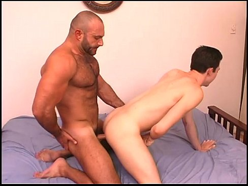 Bear and twink gay porn