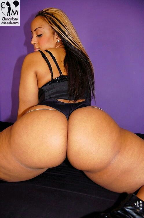 Naked dominican girls with big ass