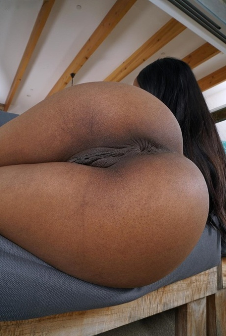 Teen black pussy pictures