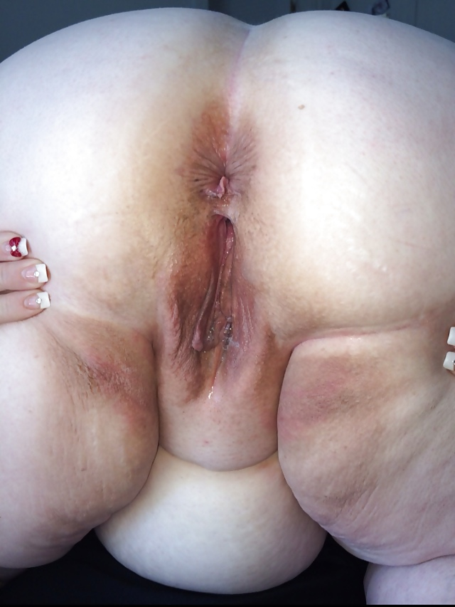 Plump bent over pussy